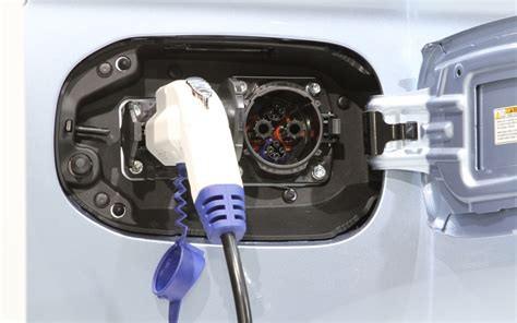 插电式混合动力新能源,新能源包不包括插电式混动