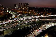 """中国车市车速""""失速""""下行,敢问底在哪里?"""
