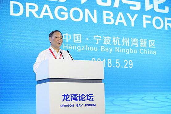 李书福:吉利正开发电动汽车专用架构,并愿意进行共享
