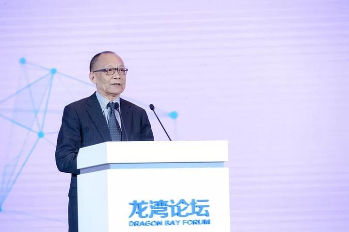 李德毅院士:预计2033年中国70%汽车达到自动驾驶