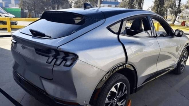 福特纯电动SUV Mustang Mach-E首辆车已下线  2020年秋将批量生产