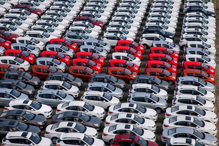 3月汽车经销商库存预警指数为59.3,环比下降近三成