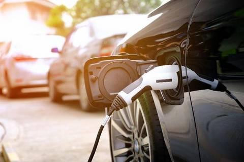 新能源汽车充电,