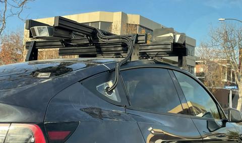 车顶架上装有成像设备的Model Y,图片来源:https://www.teslarati.com/
