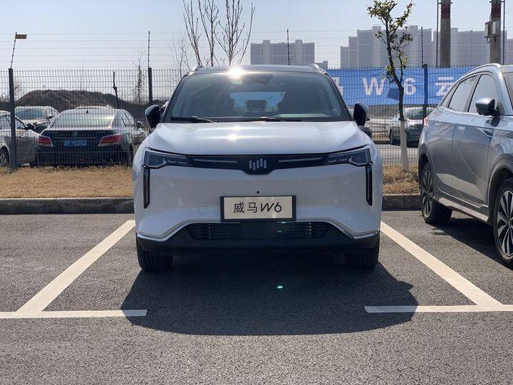 第三款纯电动汽车 威马W6将于3月预售