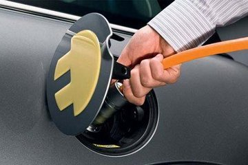 成都新能源汽车按中央50%补贴,纯电动物流车入城不受限