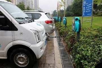北京推进对电动汽车及自用充电设施新国标升级改造,确保到2018年车桩兼容