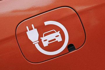 《电动汽车 操纵件、指示器及信号装置的标志》等两项国标全文发布