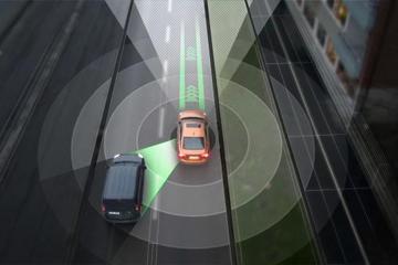 上海将扩大无人驾驶测试区,正研发全国首套新型道路标线系统