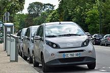 入不敷出 巴黎政府欲停止Autolib'电动汽车共享服务