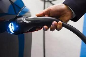 前美国E.P.A.长官:燃油车终将被淘汰