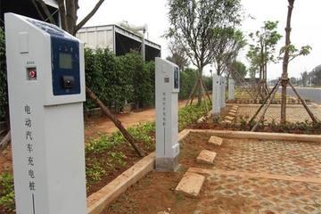 厦门新建公共停车设施须建电动汽车充电设施