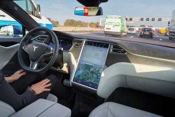 特斯拉的自动驾驶策略 其他公司在几年前就已放弃