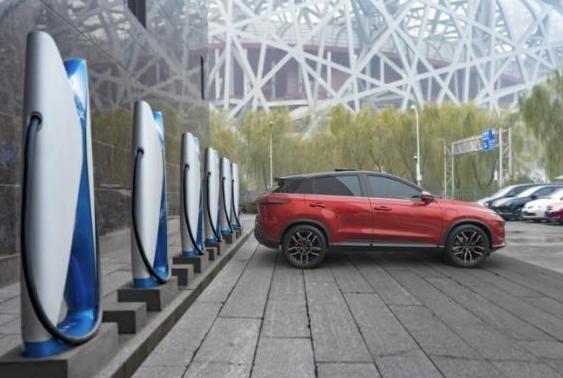 不止于充电,30座小鹏汽车超级充电站投入运营