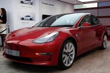 EV晨报 | 特斯拉完成23.5亿美元股票发行;大众e-Golf将停产;奥迪重启燃料电池项目