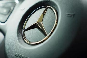 奔驰汽车金融服务费消失 其他服务费明码标价登场