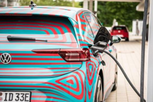 EV晨报 | 第1万辆小鹏G3下线;车和家拟搭建VIE架构并实施重组;丰田发布6款电动概念车