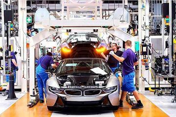 EV晨报   宝马2023年将推出25款电动汽车;金康新能源获9.6亿元增资;福特将推复古电动跑车