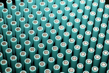 四部委:推进新能源汽车动力电池储能化应用