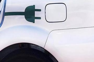 EV晨报   恒大为造车再花8亿买地;吉利电动汽车自燃;宝马将推燃料电池车;富力集团参股华泰汽车