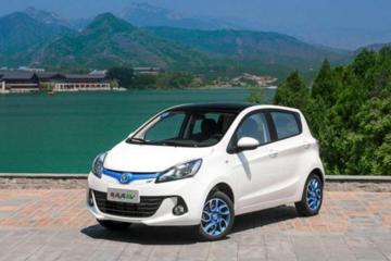 五万预算,推荐三款新能源微型车,宝骏知豆和奔奔到底好在哪里?