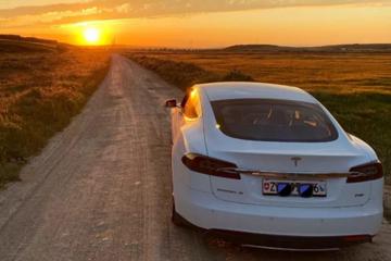 马斯克:特斯拉Model S刚刚创造了最快赛道纪录