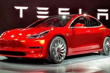 目击者称,新款特斯拉Model S纽北成绩比保时捷Taycan快20秒