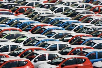 美国车市现状:销量暴跌 复苏无望 信心崩溃