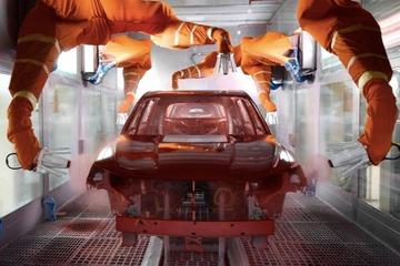 中国汽车产量今年预计将下降11.5%至2160万台
