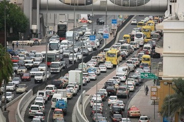 10车企半年市值蒸发超两千亿,东风暴跌200亿,比亚迪领涨