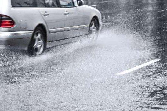 车主有话说   新能源汽车雨天行驶需要注意什么?