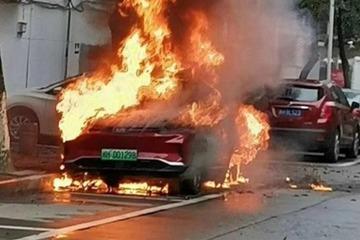 威马汽车回应电动出租车自燃事件:系电池问题