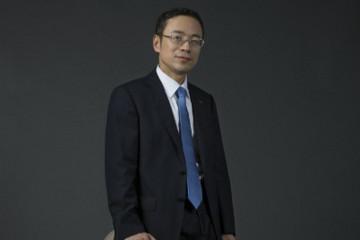 李東輝任吉利控股集團CEO,安聰慧任集團總裁