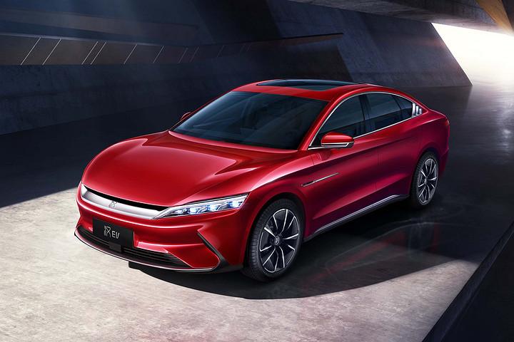 比亚迪11月新能源车销量同比暴增138%!汉直逼Model 3