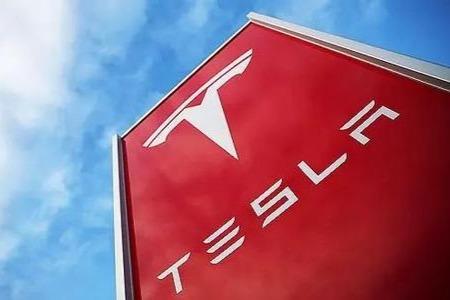 马斯克证实特斯拉近期停产 新版Model S/X需求旺盛将两班连续生产