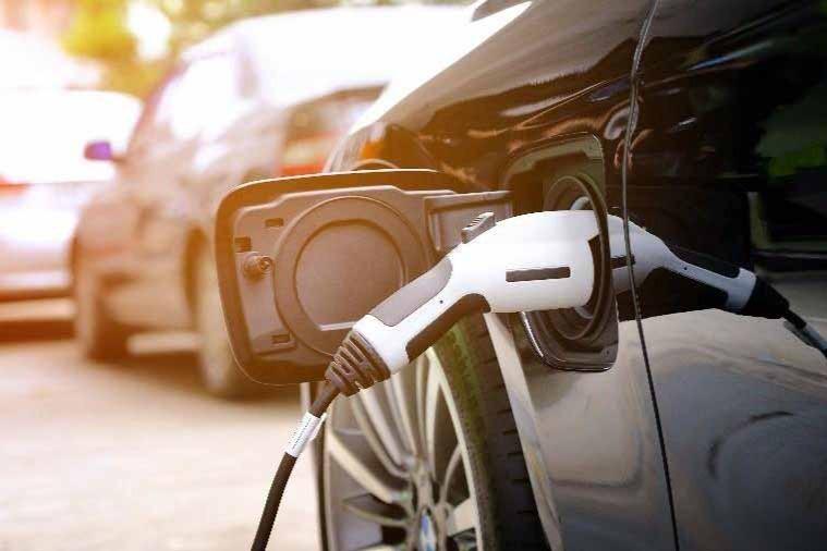 乘联会:7月新能源乘用车批发销量达24.6万辆 比亚迪突破5万辆