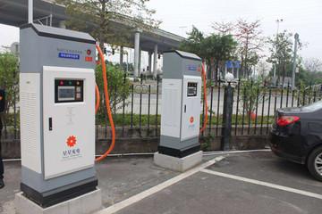 我国新能源汽车公共充电桩数量已超16万个