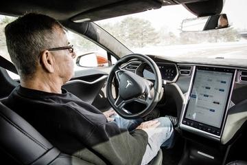 韩国斥资近千万美元建设无人驾驶车测试场