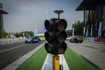 新媒:中国智能网联汽车专利全球第一,无人驾驶领域占六成