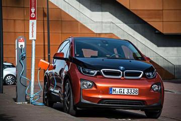 宝马计划明年售出15万辆新能源汽车 比今年多5万