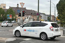 "All in ""新能源+智能网联"":汽车投资人需要注意哪些?"