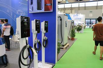 机遇与挑战并存 充电设施行业发展任重道远