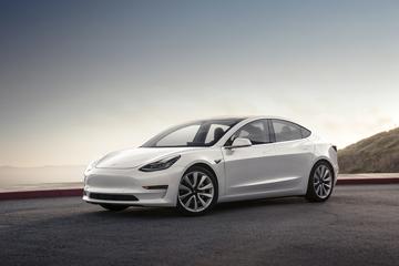 马斯克致信股东:Model 3产能不足到底因为什么