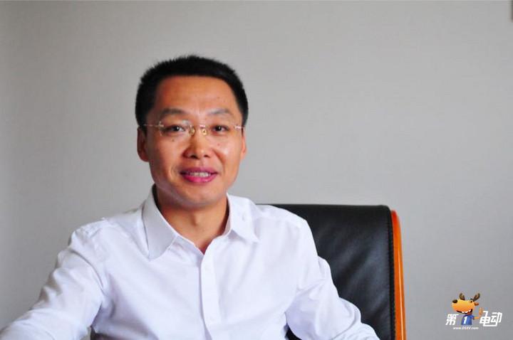 安亭镇镇长董爱华:安亭要做世界级的汽车产业中心城市