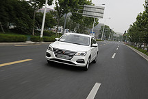 这款纯电动休旅车为何在北京大卖?真实体验荣威Ei5的一天给了我答案