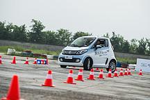 这样的电动小车也敢下赛道?众泰E200 Pro赛道体验