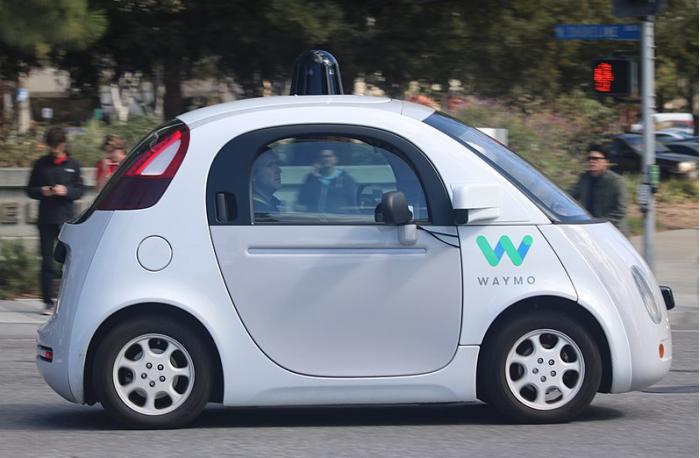 谷歌Waymo决定专注于不需要人干预的自动驾驶技术