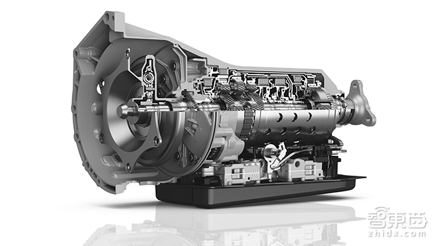 2015-11-10_ZF_Motorsport_Automatgetriebe_8P45R1 拷贝
