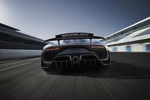 AMG顶级混动超跑Project One法兰克福发布 纯电续航24公里
