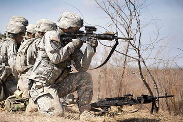 通用汽车向美国军方展示SURUS氢燃料电池车平台